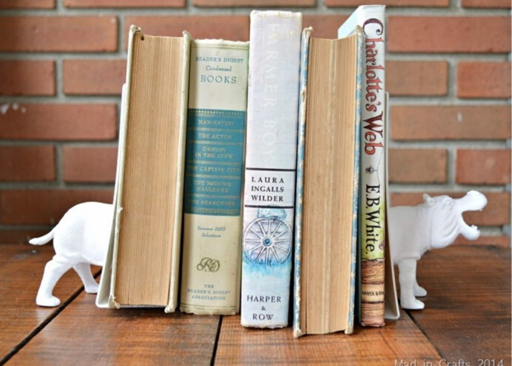 Whimsical DIY Spray Paint Project Bookends
