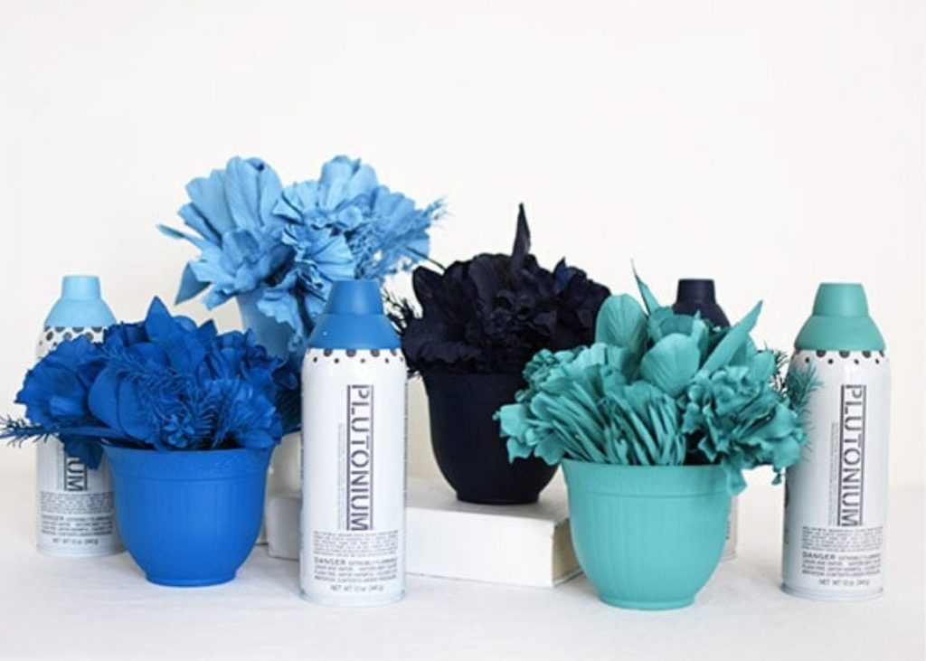 Whimsical DIY Spray Paint Project Monochromatic Flowers