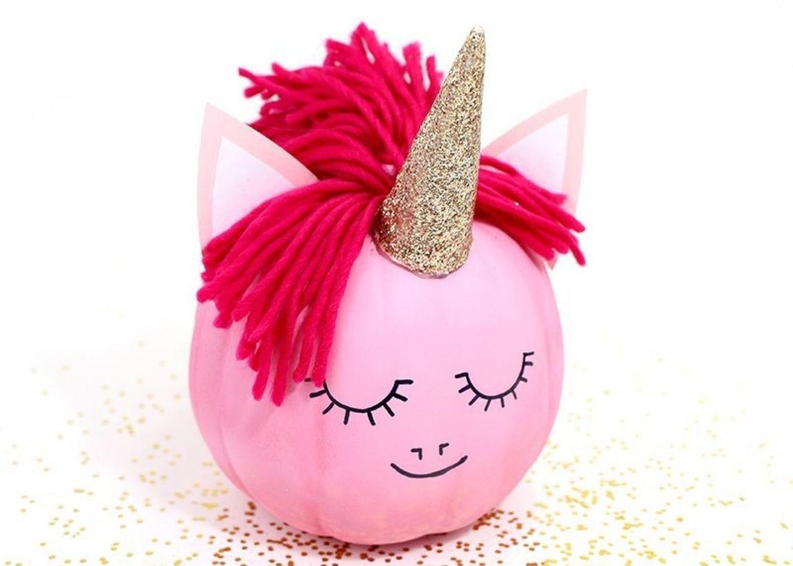 No Carve Pumpkin: Unicorn Spray Paint Pumkin. Spray Paint Pumpkin Projects